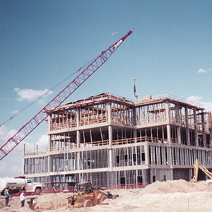 TAMIU Construction